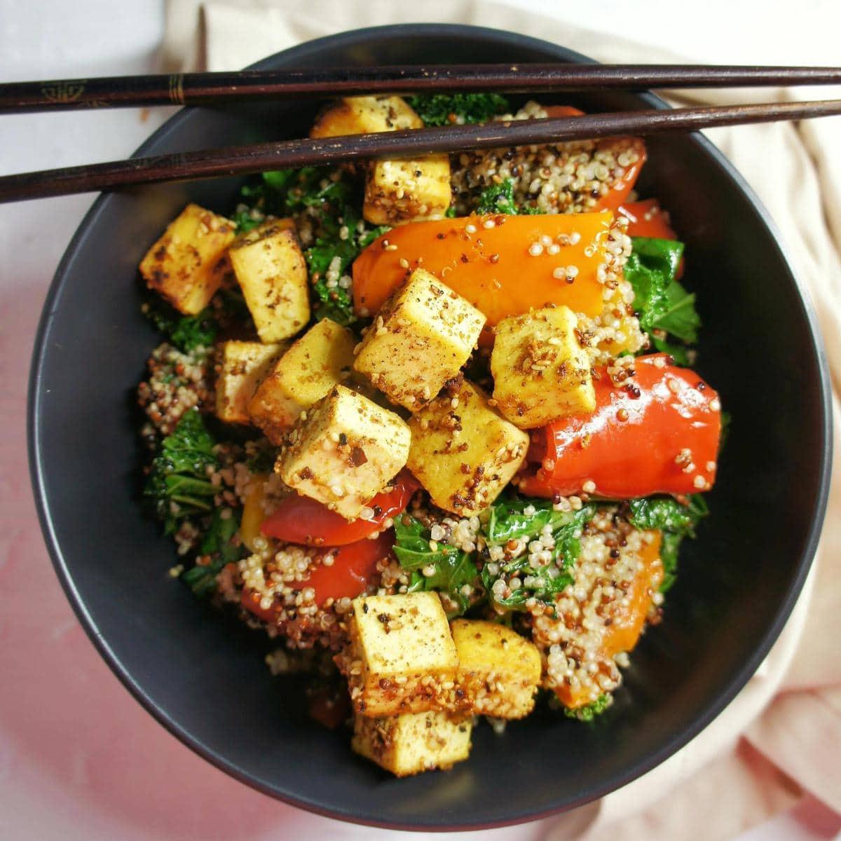 40 delicious & healthy vegan salad recipes picture of Dukkah tofu salad for recipe roundup