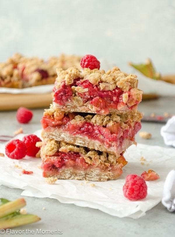 raspberry rhubarb crisp bars for vegan potluck recipe roundup