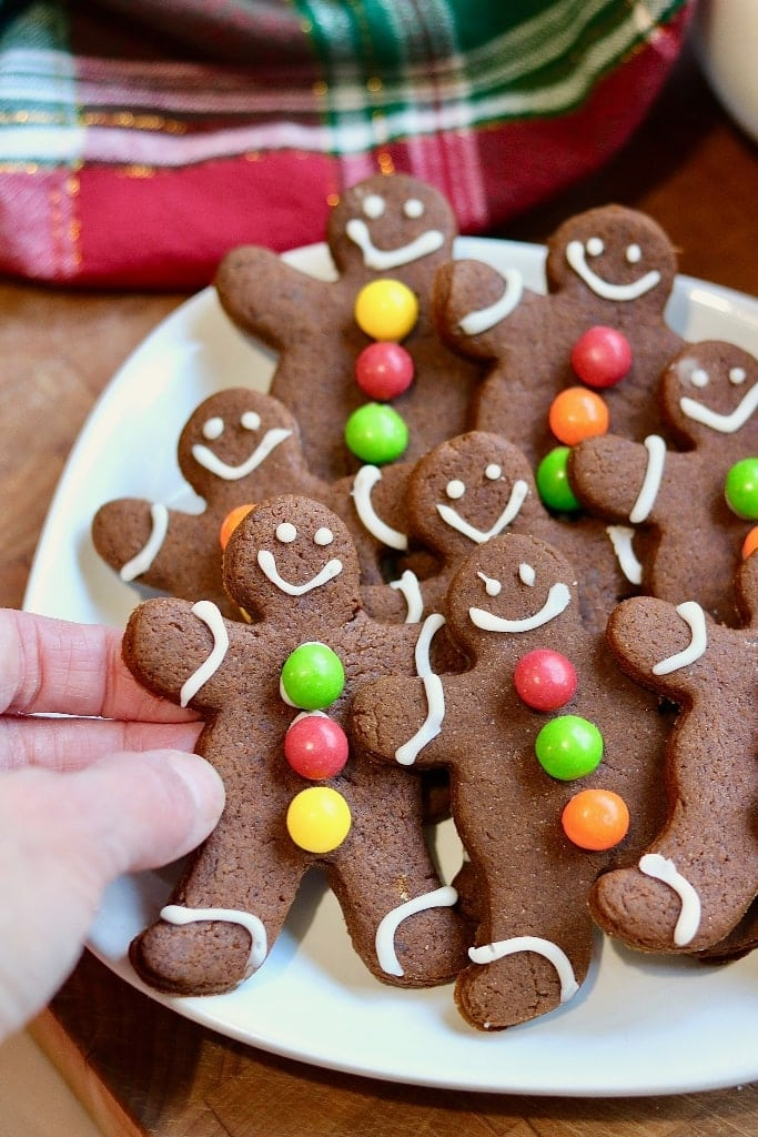 vegan gingerbread cookies decorated on a christmas platter